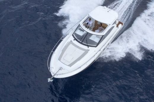 Motorboat Jeanneau Leader 36 for hire