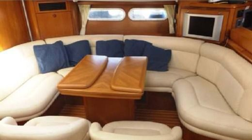 Sailboat JEANNEAU 54 for hire