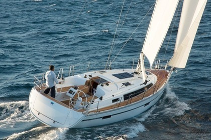 Hire Sailboat BAVARIA 37 CRUISER Novi Vinodolski