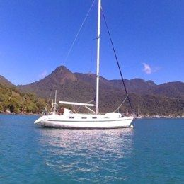 Charter Sailboat Bavaria Holiday Yachts 46 Angra dos Reis
