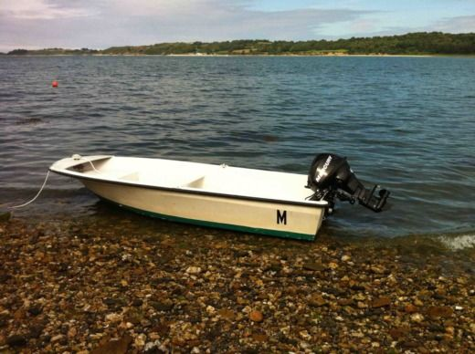 Motorboat Jouet Mini Fontenoy for hire