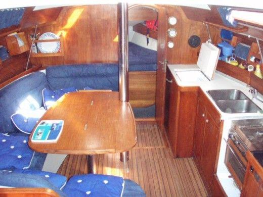 Sailboat Jeanneau Voyage  11.20 peer-to-peer
