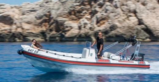 RIB Jocker Boat Clubman 21 for hire