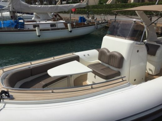 Wimbi Boats W9I in Grimaud for hire