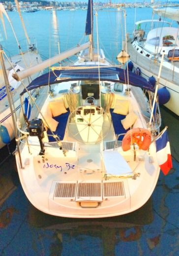 Sailboat Beneteau Oceanis 400 for hire