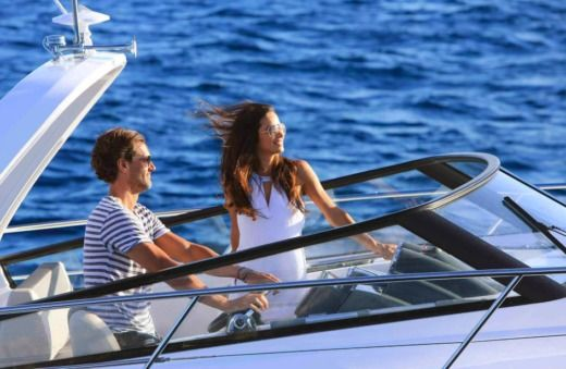 Motorboat Bavaria S30 for rental