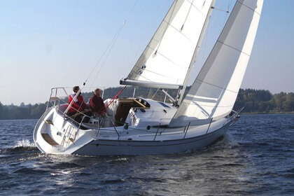 Hire Sailboat DELPHIA 29 DI Arzon