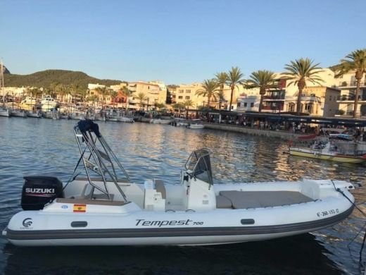 2017 Capelli Tempest 700 - 175Cv in Majorca for hire