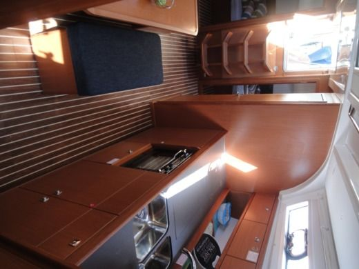 Sailboat Bavaria Yachtbau Bavaria41 for hire