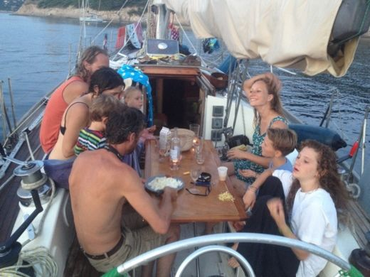 Sailboat SANGERMANI Cotre Bermudien peer-to-peer