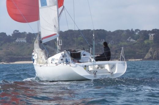 BENETEAU Figaro in Roscoff for hire