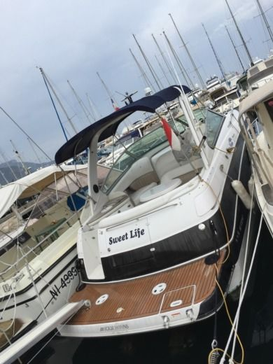 Charter Motorboat Four Winns 288 Beaulieu-sur-Mer