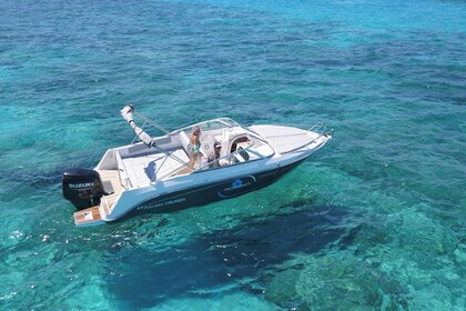 Rental Motorboat PACIFIC CRAFT 700 DAY CRUISER Ibiza