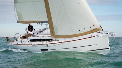 Rental Sailboat Dufour Yachts 360 Grand Large Marseille