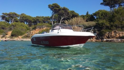 PPHU POLIFAKTOR Pacific Craft Diamond Head in La Ciotat for hire