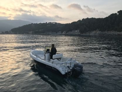Charter Motorboat Riviera Boat 600 Andora