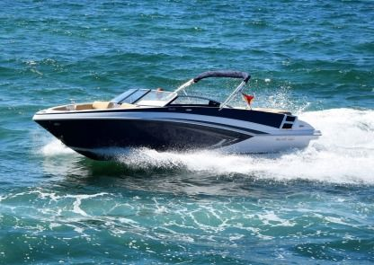 Charter Motorboat Glastron 245 Gt Palma