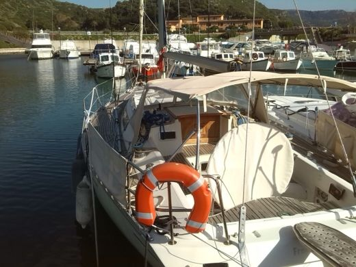 Charter sailboat in Castelsardo SS peer-to-peer