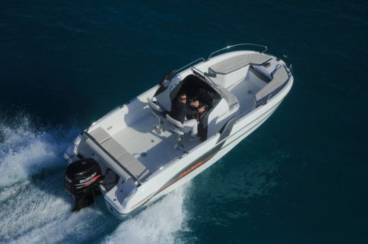 Rental Motorboat Beneteau Flyer 6.6 Spacedeck Begur