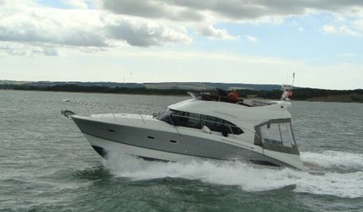 BENETEAU ANTARES 42 in Saint-Malo peer-to-peer