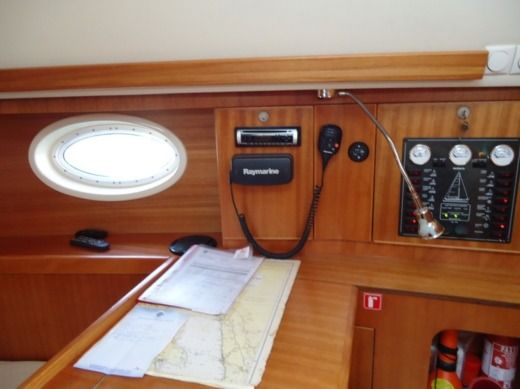 Sailboat Elan 344 for hire