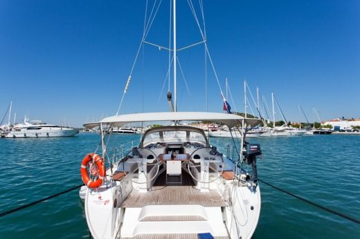 Sailboat Bavaria 50 Cruiser peer-to-peer