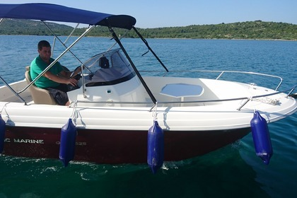 Charter Motorboat Atlantic Marine Open 625 Pirovac
