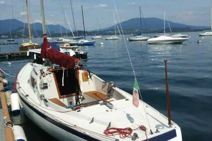 Rental Sailboat H-Boat 8 mt Belgirate
