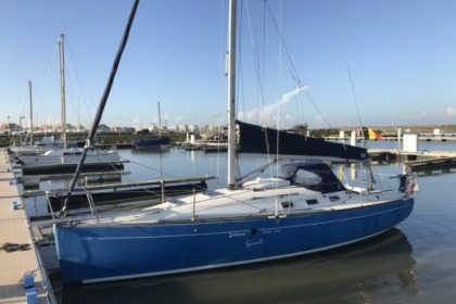 Charter Sailboat Beneteau First 300 Spirit Nieuwpoort
