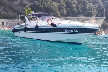 Rental Motorboat PERSHING 45 Fezzano