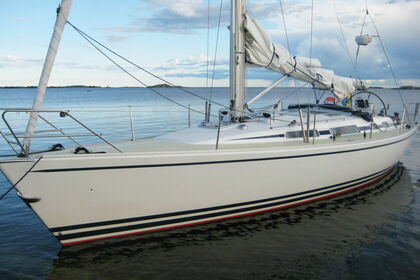Hire Sailboat Linjett 40 Norrtälje