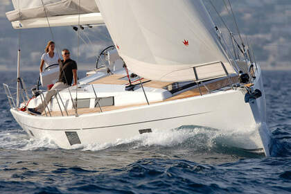 Rental Sailboat Hanse Hanse 455 Alicante