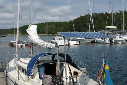 Rental Sailboat Comfort 30 Vaxholm