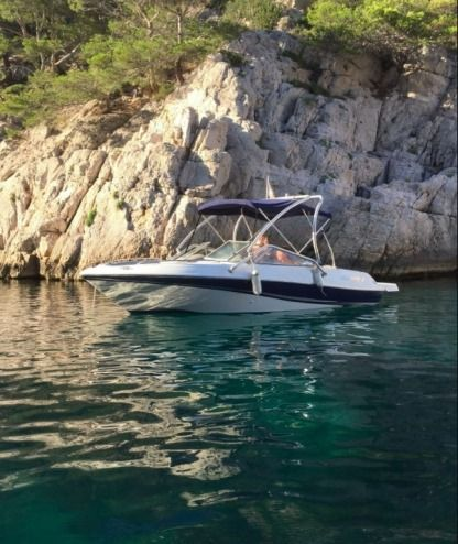 Miete Motorboot Four Winns Horizon Cassis