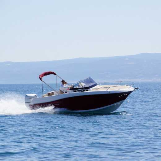 Motorboat Atlantic Marine 655