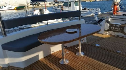 Charter catamaran in Grimaud