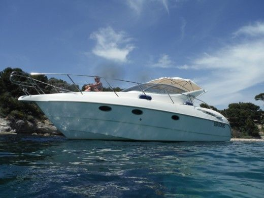 Motorboat GOBBI 315 Sc for hire