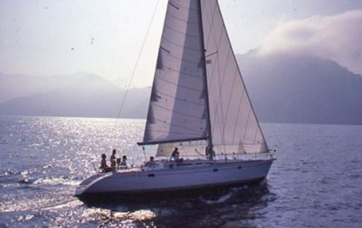 Sailboat JEANNEAU SUN KISS 47 for hire
