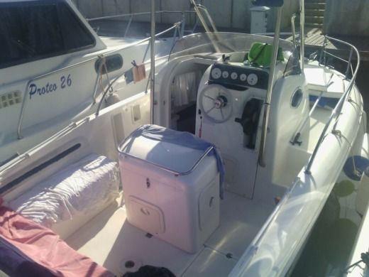 Motorboat ARKOS 700 for hire