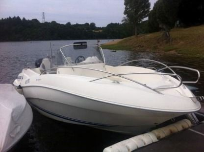 Charter Motorboat Quicksilver Quicksiver 635 Commander Cuzion