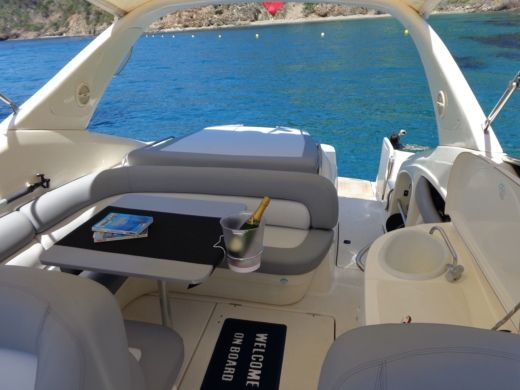 Cranchi 39 Endurance in Toulon for hire