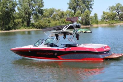 Rental Motorboat Mastercraft X-30 Trinity County