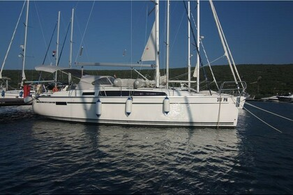 Location Voilier BAVARIA CRUISER 33 Punat