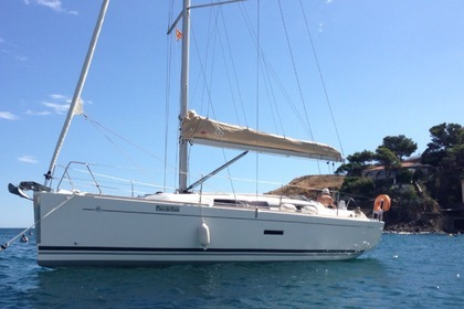 Rental Sailboat DUFOUR 335 Grand Large Argelès-sur-Mer