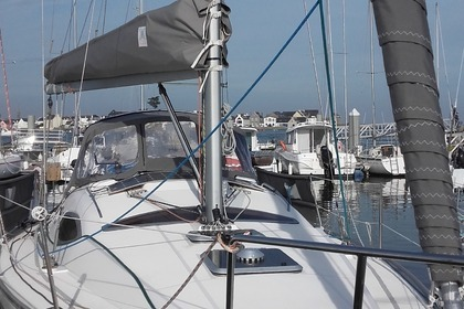 Hire Sailboat KIRIE - FEELING feeling 32 Loctudy
