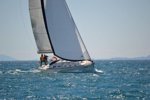 Charter sailboat in Cambrils peer-to-peer