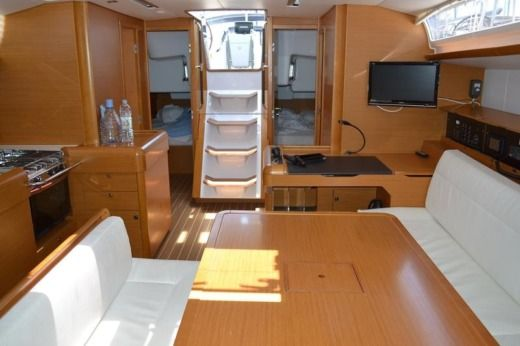 Jeanneau Sun Odyssey 509 in Majorque for hire