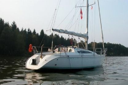 Charter Sailboat Jeanneau Sun Way 29 Portovenere