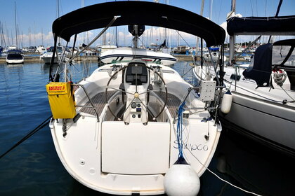 Rental Sailboat Bavaria Bavaria 31 Cruiser Izola