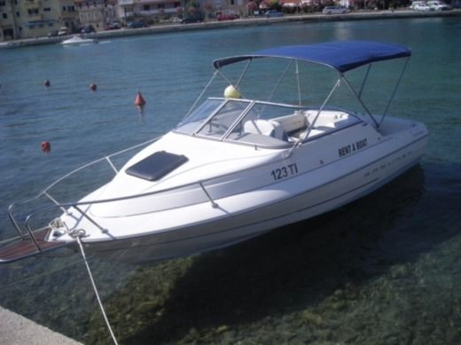 Rental Motorboat Bayliner Capri Tisno